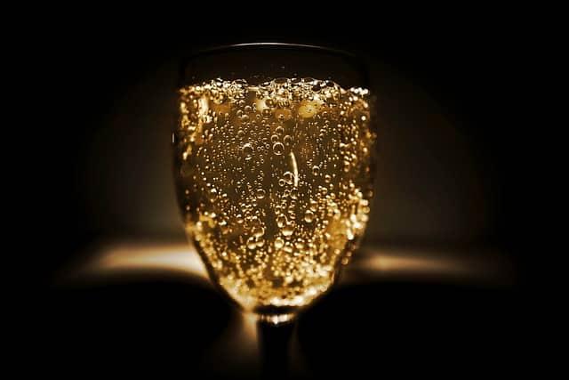 alcohol 2178775 640-lafea-vinos