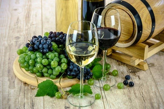 wine 1761613 640-lafea-vinos